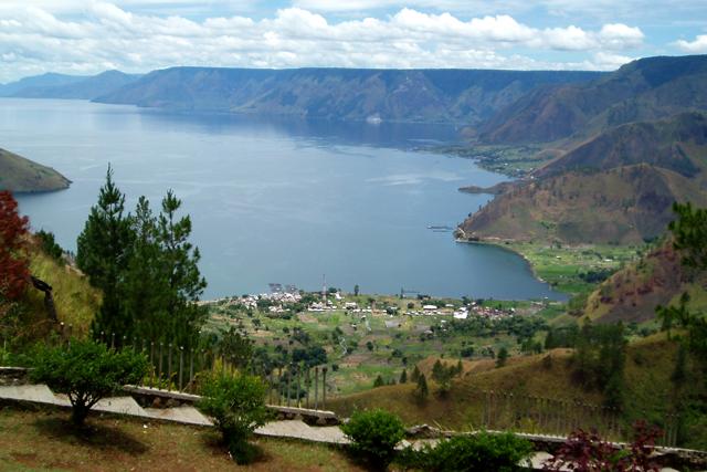 トバ湖の写真
