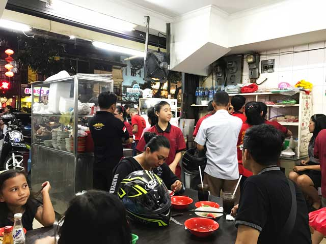 baso akiaw 99 店内2