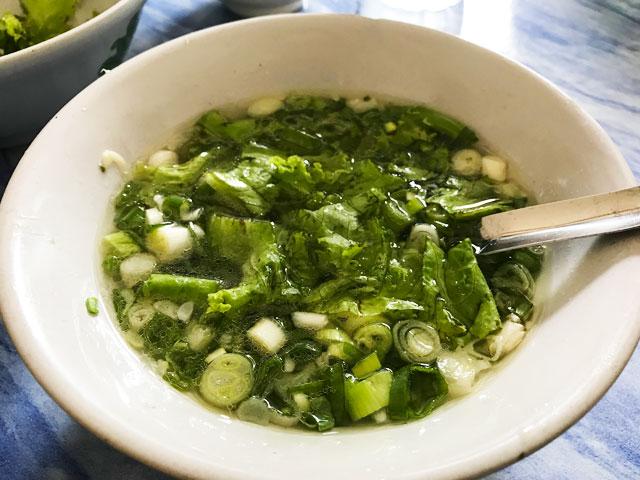ネギレタススープ